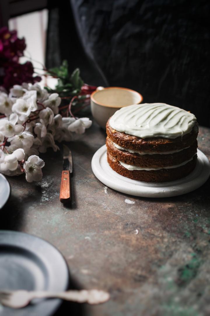 Apricot and white chocolate banana layercake.